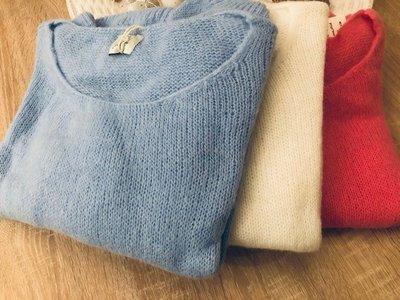 Soft Knit Lea